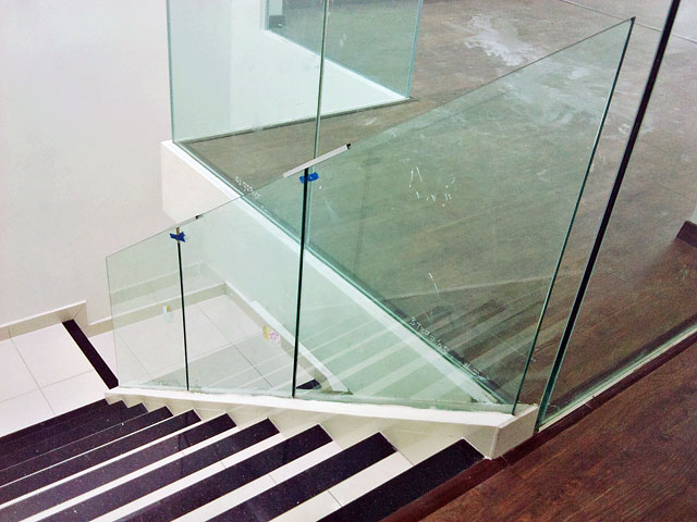 Staircase With Embed System
