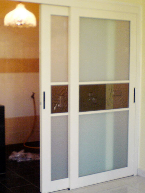 Sliding Door With Fuse Glass